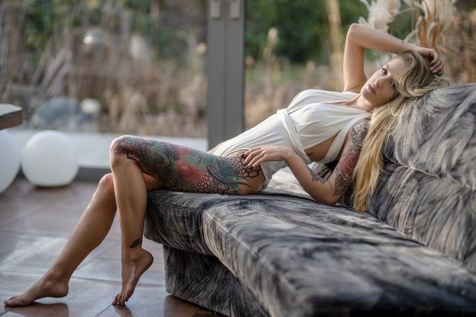 Danique de Laat uit Roosendaal wil Miss Tattoo Nederland 2021 worden.