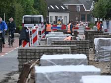 Grote onvrede om wéér hogere kosten en vertraging voor dorpenroute N602: 'Onderste steen moet boven'