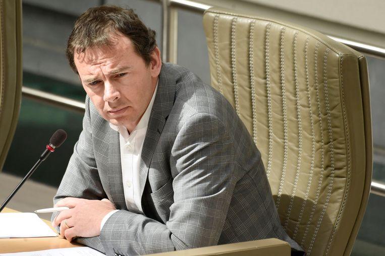 'Vorige zomer werd luidop gefluisterd over een reshuffle in de regering waarbij Wouter Beke en ook Jan Jambon zouden plaatsmaken.' Beeld Photo News