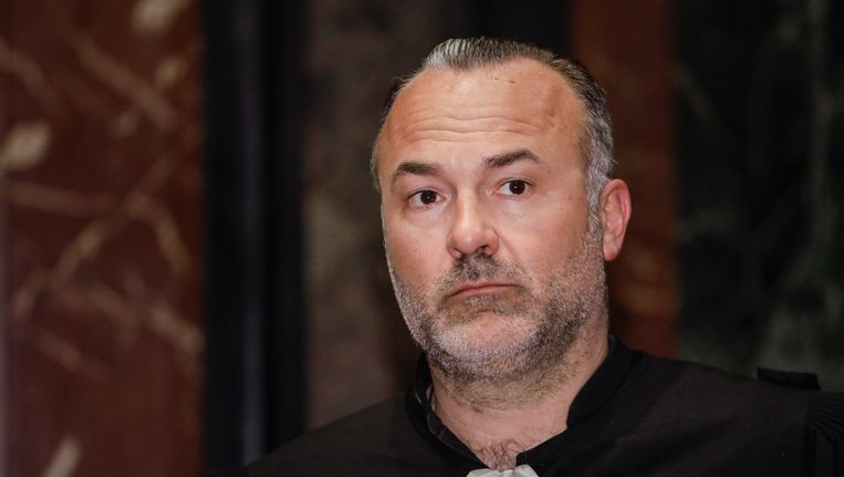 Advocaat Olivier Martins bij aanvang van het asissenproces van David Dupuis, Stephan Picron en Mousa Touili. Beeld BELGA