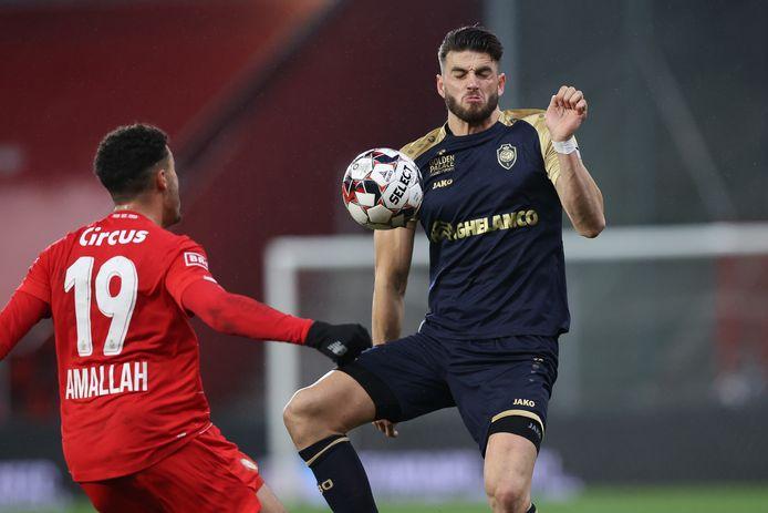 Arrivé fin août, Wesley Hoedt avait participé à 21  des 29 matchs de l'Antwerp en championnat cette saison.