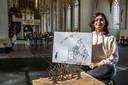 De zestienjarige Jasmin Ahmed met haar kunstwerken: ,,Ik wist niet van mezelf dat ik dit kon maken''