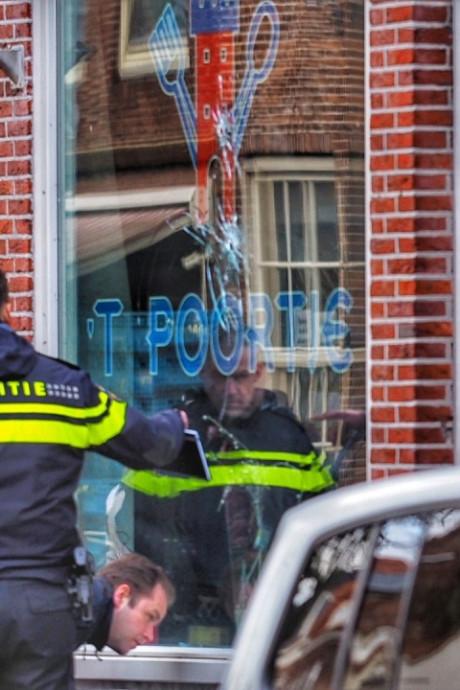 Eigenaar eethuis Poortje in rechtbank: 'Ik had niks met die schietpartij te maken, toch blijft mijn zaak dicht'
