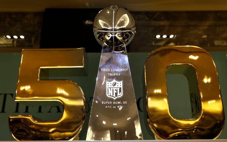 De Super Bowl-beker van dit jaar. Beeld Photo News