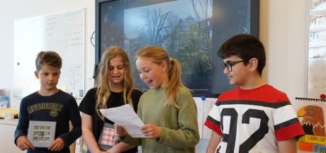 Leerlingen willen een Anne Frankboom in Oostburg: 'Ik heb zelf gezien hoe erg oorlog is'