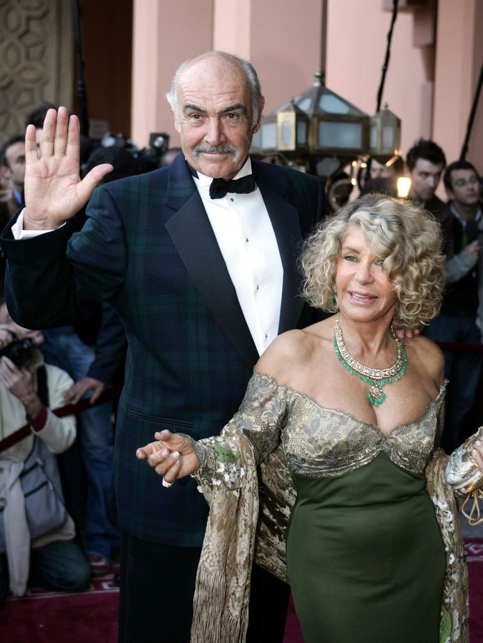 Sean Connery et sa femme Micheline en décembre 2004.
