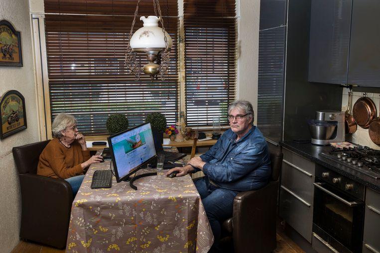 Hans van Rooijen heeft op Facebook de groep 'Claim Refund losse vliegtickets D-reizen' aangemaakt. De klachten van 68 leden zijn identiek, D-reizen heeft de teruggestorte gelden van luchtvaartmaatschappijen onder zich gehouden en niet uitgekeerd. Maar wie zich bij die maatschappijen meldt, krijgt vooralsnog nul op het rekest.  Beeld ANP / Hollandse Hoogte / Arie Kievit