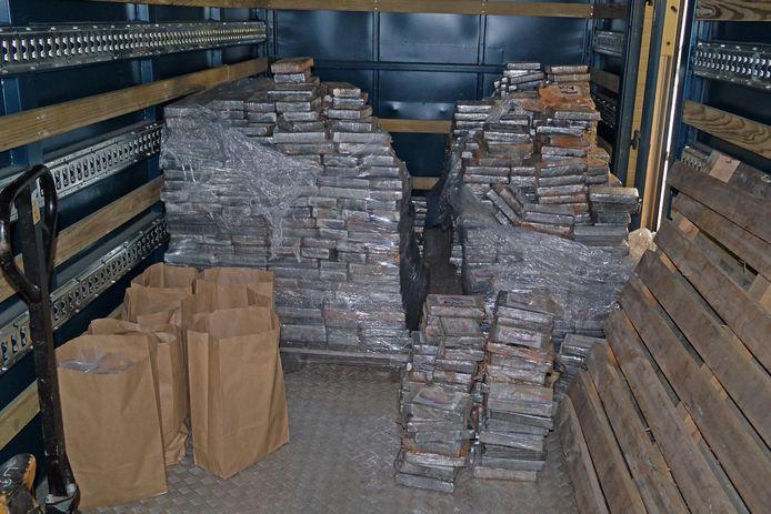 De meer dan 1.900 pakketten cocaïne.