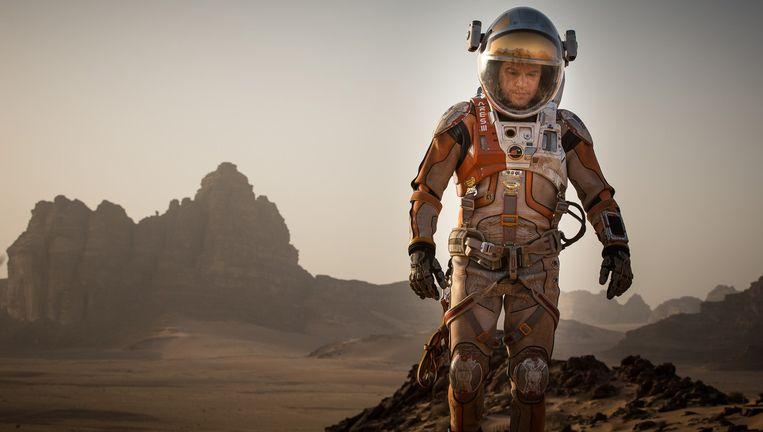 Matt Damon in The Martian van Ridley Scott Beeld