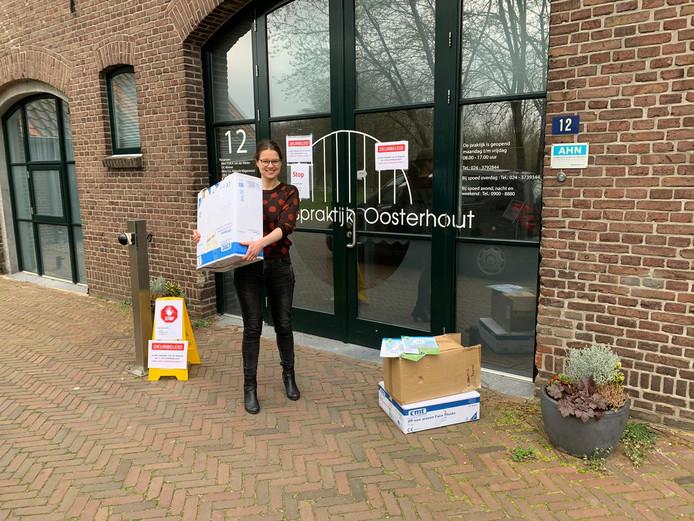 Van Andelst niet naar Bosnië maar naar Oosterhout: mondkapjes van 4WD
