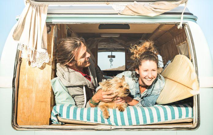 Het huren van een camper wordt steeds populairder onder jongeren.