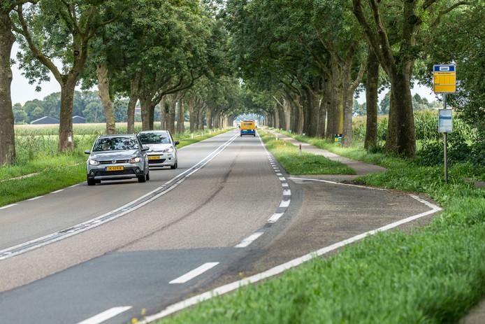 Op de Blokzijlseweg zijn twee bestuurders bekeurd voor te hard rijden.
