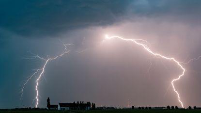 Code oranje in alle Vlaamse provincies, KMI waarschuwt voor hevig onweer met regen, hagel en fikse windstoten