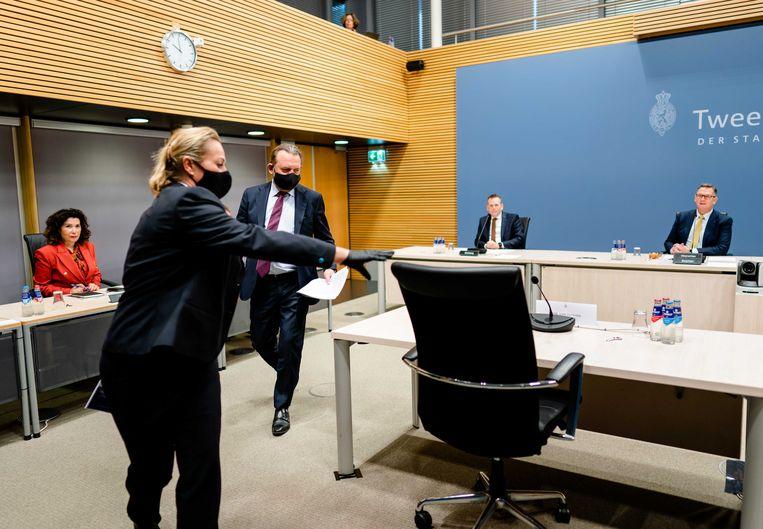 Ombudsman Reinier van Zutphen tijdens de eerste openbare verhoren naar aanleiding van de aanhoudende klachten over uitvoerende overheidsinstanties als het CBR, de Belastingdienst en het UWV.  Beeld ANP