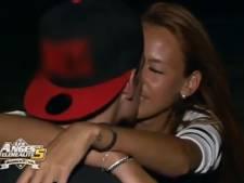 Vanessa embrasse Geoffrey avant de quitter les Anges