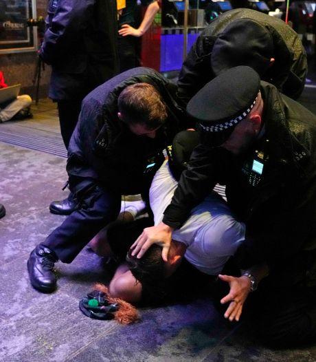 26 arrestaties rond EK-wedstrijd Engeland-Schotland