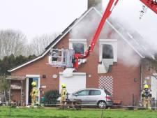 Drie doden bij woningbrand in Duiven: vermoedelijk man en twee vrouwen omgekomen