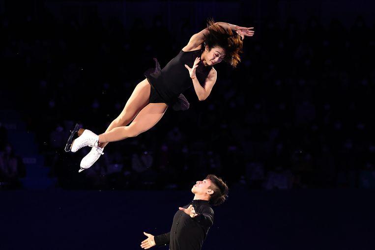Kunstrijders Sui Wenjing en Han Cong moeten uitgroeien tot China's grote sterren op de Olympische Spelen van 2022. Beeld International Skating Union via
