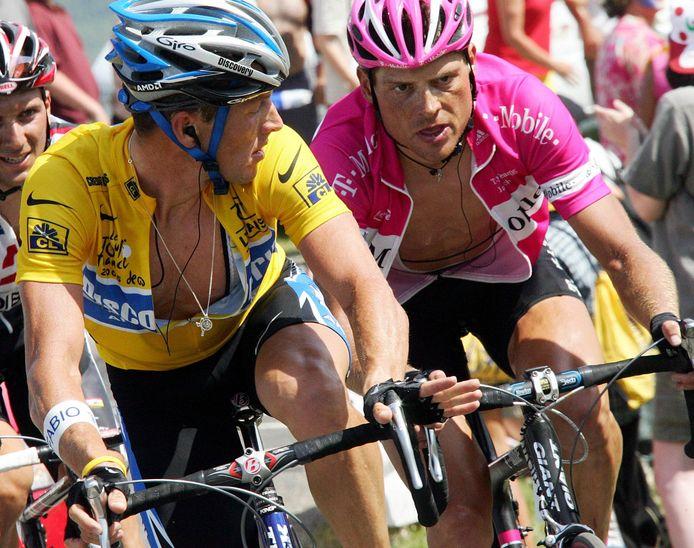 Armstrong en Ullrich tijdens de Tour van 2005.