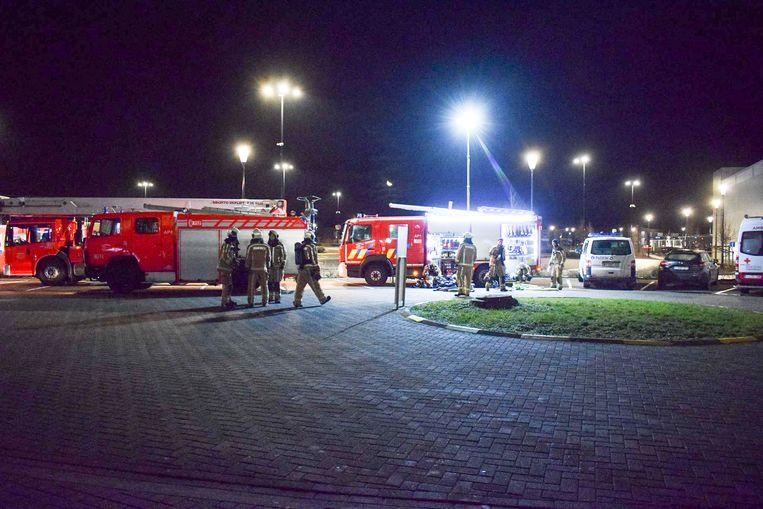 De brandweer kwam massaal ter plaatse en had het brandje snel onder controle.