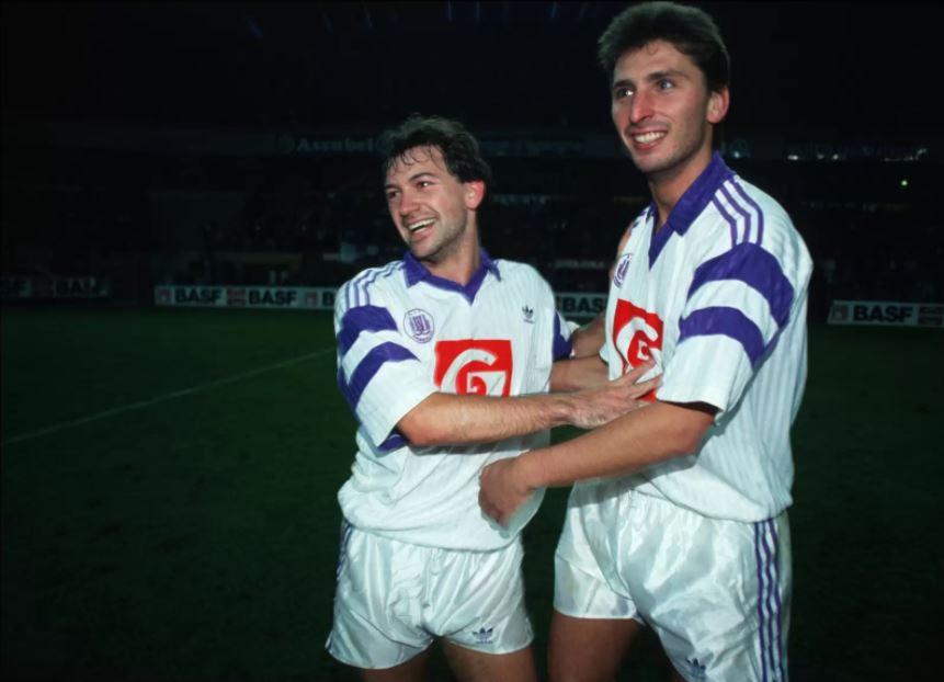 Luc Nilis met Marc Degryse.
