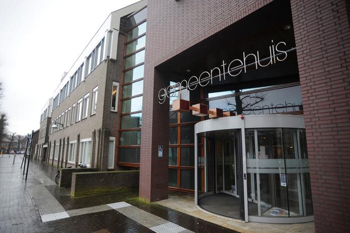 Het gemeentehuis van Uden heeft, net als vroeger, weer een afhaalbalie voor mensen zonder afspraak.