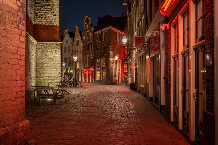 Amsterdam in April. De wallen ten tijde van het coronavirus.  Beeld Maarten Boswijk