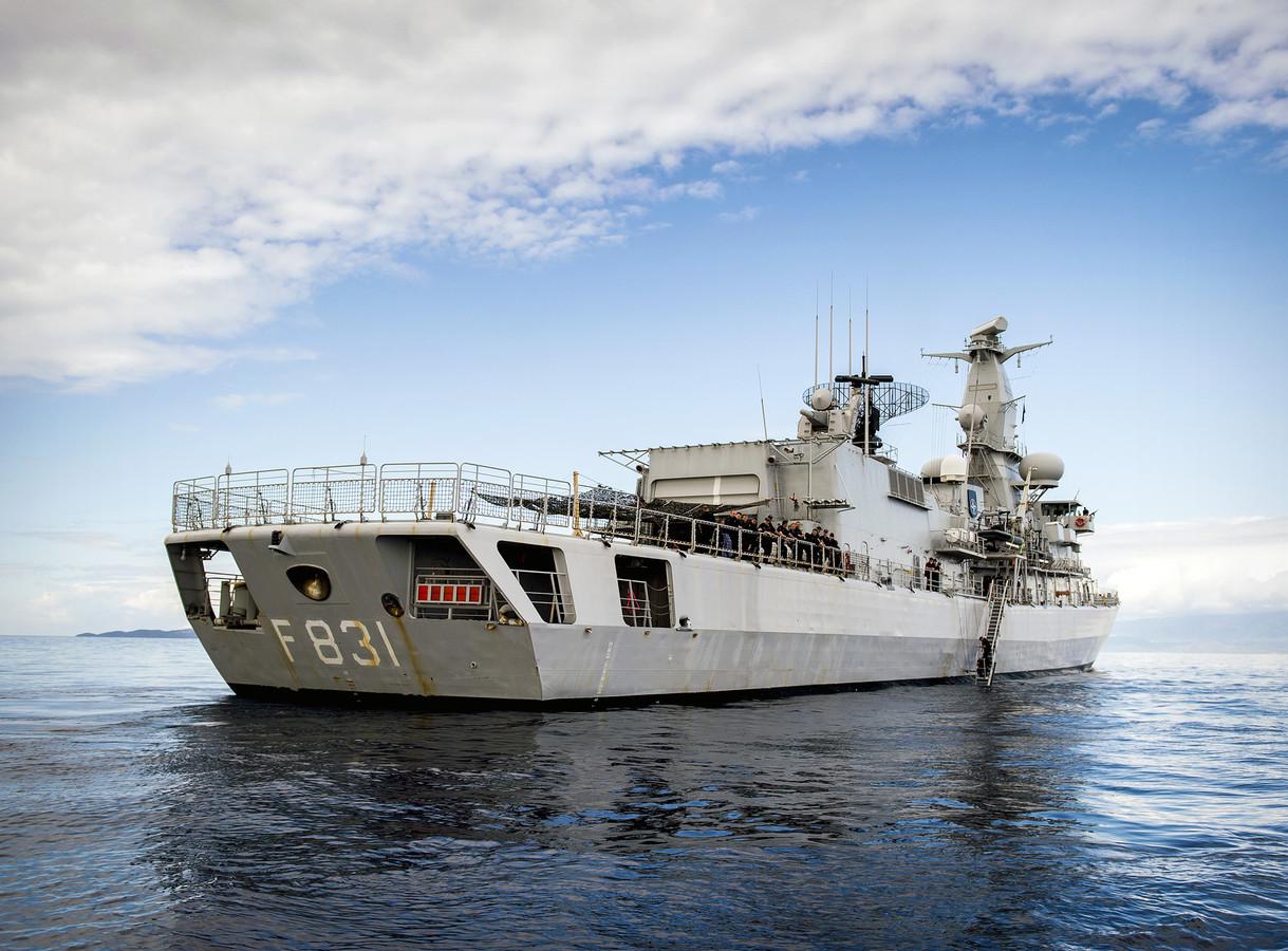 Het fregat Zr. Ms. Van Amstel van de Koninklijke Marine. Op de foto tijdens een eerdere missie.