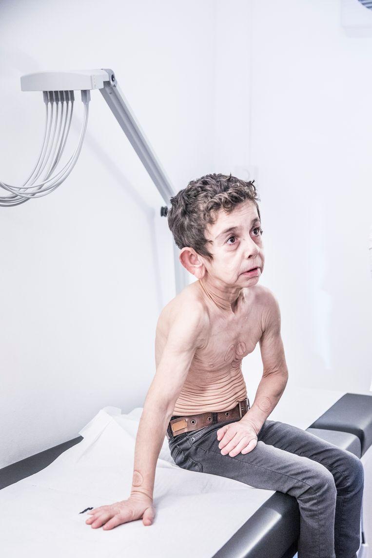 Voor het eerst in zijn leven krijgt Mohamad een hartonderzoek. Beeld MARLENA WALDTHAUSEN