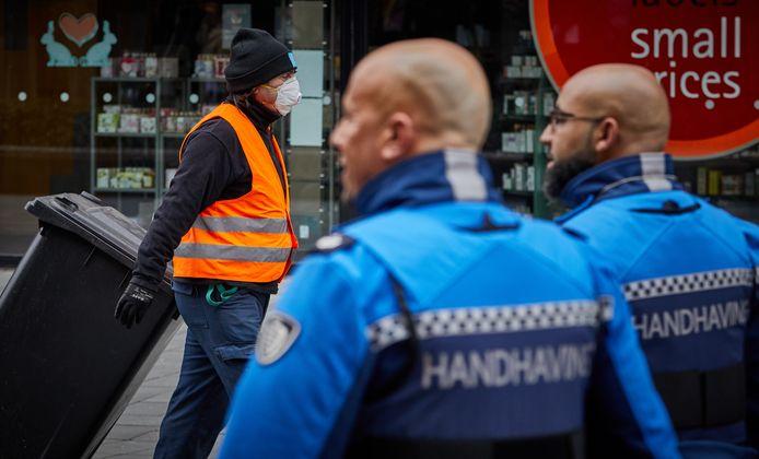 De Nederlandse Boa Bond heeft een brief gestuurd naar de Rotterdamse burgemeester Aboutaleb. ,,Onze leden zijn boos, ongerust en actiebereid'', aldus voorzitter Ruud Kuin.