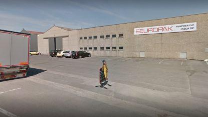 Verpakkingsbedrijf en zaakvoerder riskeren fikse boetes, nadat arbeider met arm in machine belandt