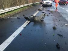 Hagelbui verrast bestuurders: drie auto's botsen op elkaar op A12 bij Zandvliet