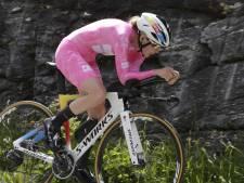 Van der Breggen blaast concurrenten weg in klimtijdrit Giro: 'Goede oefening voor Tokio'