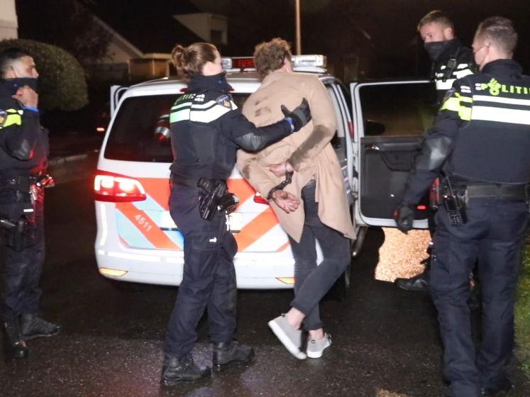 Veertig personen gearresteerd na illegaal feest in Naaldwijk