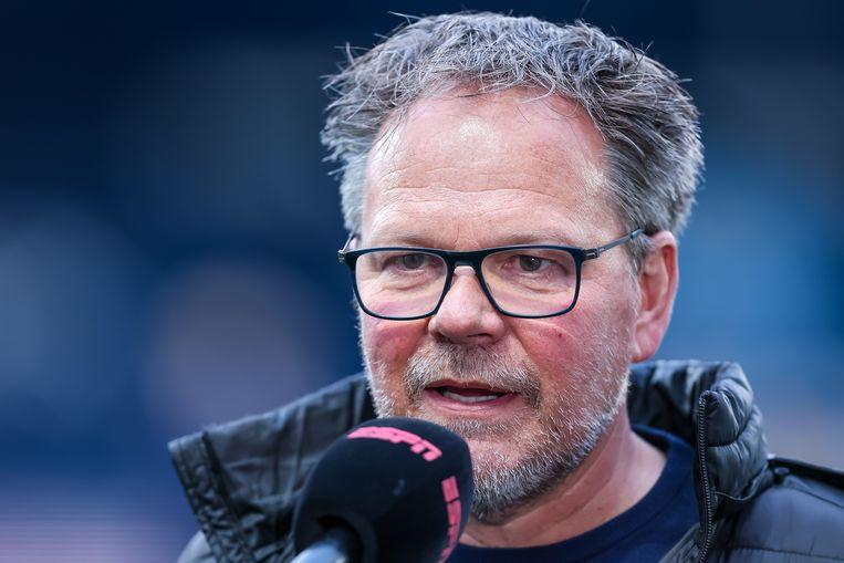 Henk de Jong, trainer van SC Cambuur, zei het al: een volksfeest in Leeuwarden houd je bij promotie en een eventueel kampioenschap niet tegen. Beeld Pro Shots / Peter van Gogh
