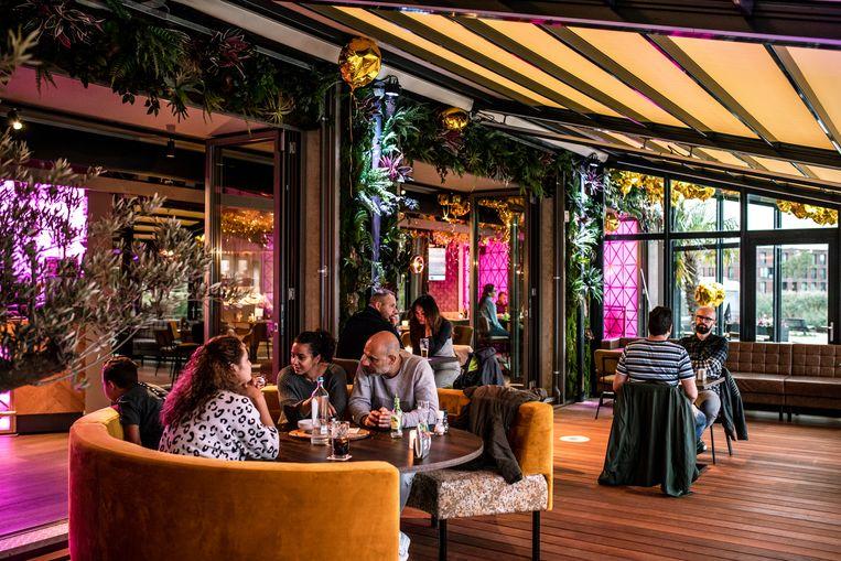 Brasserie/Bar The Livingroom, IJburglaan 500 Beeld Nosh Neneh