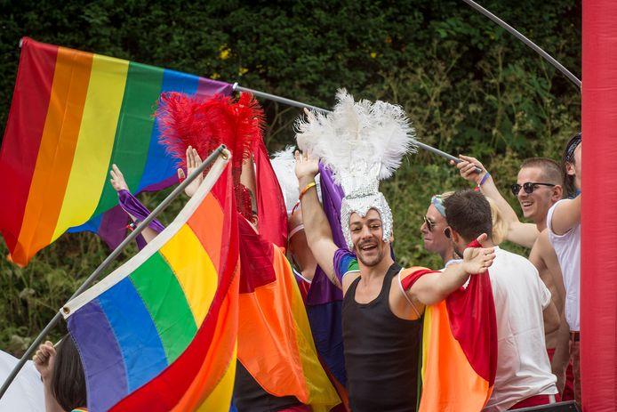 Veel gezien in Utrecht, vandaag: de regenboogvlag.