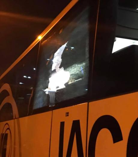 MVV over stenengooiende 'fans' in België: 'Laf gedrag'