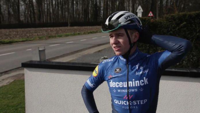 Remco Evenepoel zat weer buiten op de fiets.
