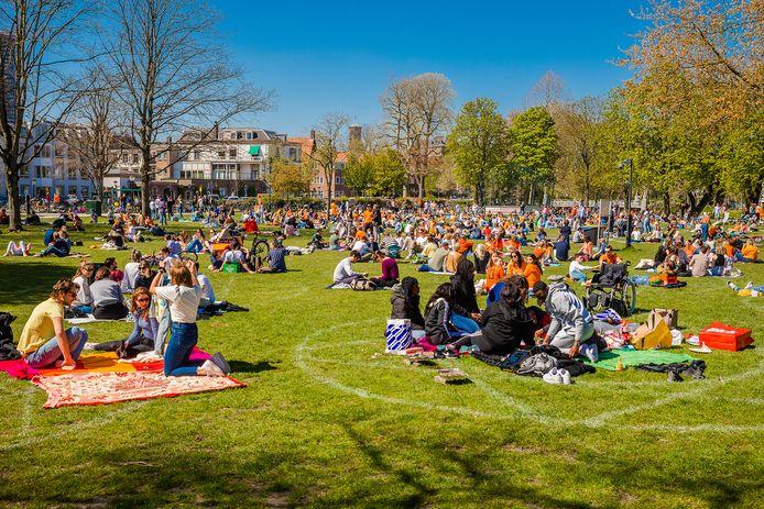 Onder meer in Park Lepelenburg is het te druk.