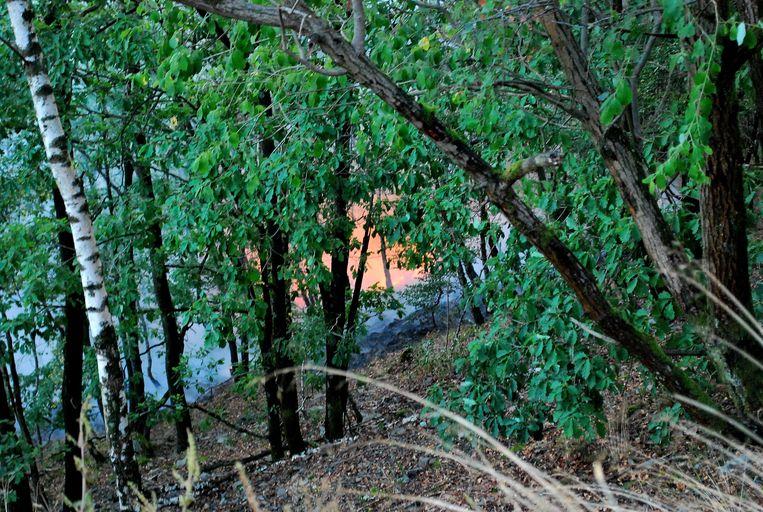 Hoe de brand is ontstaan, is nog niet bekend. Om 16 uur riepen de districtsautoriteiten van Rosenheim de noodtoestand uit.