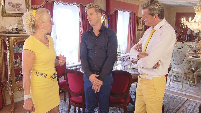 Jani Kazaltzis op bezoek bij Jeannine en Filip. Zij trekken er steeds assorti op uit.