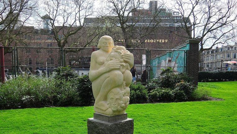 De replica van Moeder Aarde. Beeld Stadsdeel Centrum