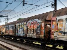 Teveel goederentreinen door Wierden: verbazing om gebrek aan handhaving