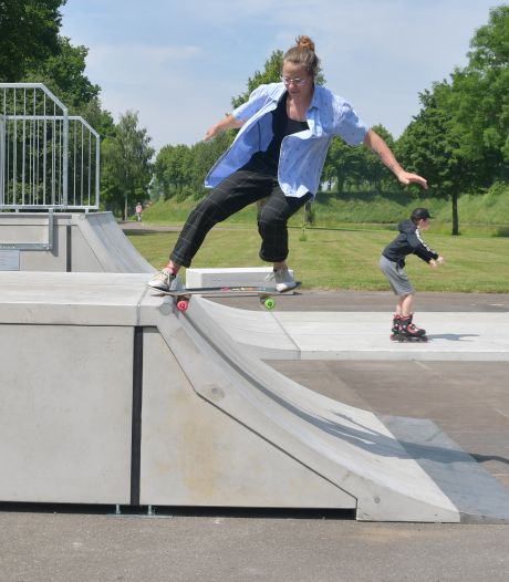 Skatepark in Hulst heeft 'nieuw speelgoed': vallen doet nu wat minder pijn