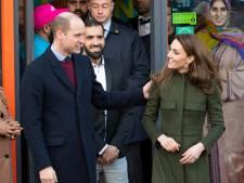 La reine d'Angleterre accorde une promotion au prince William