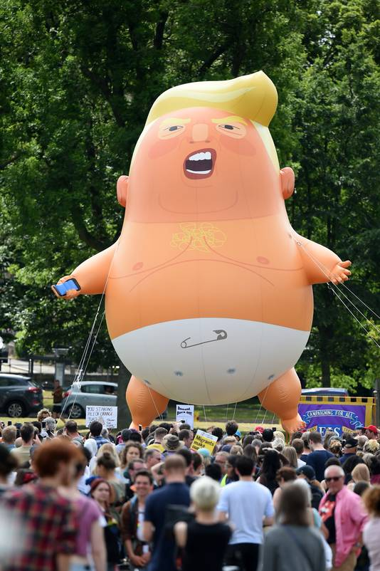 De Baby Trump Ballon vloog vorig jaar ook tijdens een privébezoek van Trump aan Schotland, vorig jaar.