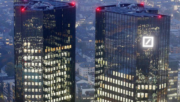Het hoofdkantoor van Deutsche Bank in Frankfurt Beeld ap