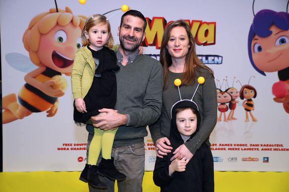 """Familie-acteur Jan Van den Bosch kwam kijken met partner Fran, zoon Lou en dochter Sam. """"Vooral de kleinste is grote fan van Maya."""""""