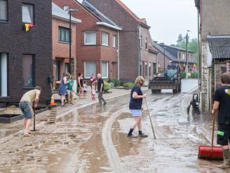 """Onweer treft vooral Ternat, Asse, Lennik en Gooik: """"Buren sloegen meteen handen in elkaar om water en modder weg te krijgen"""""""
